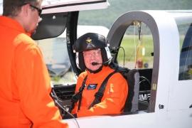 """A Sikorsky X2-es kísérleti gép pilótája lett 2011-ben az """"év aviátora"""""""