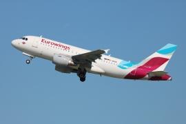 Rómában festik a honvédség új A319-es Airbus-ait